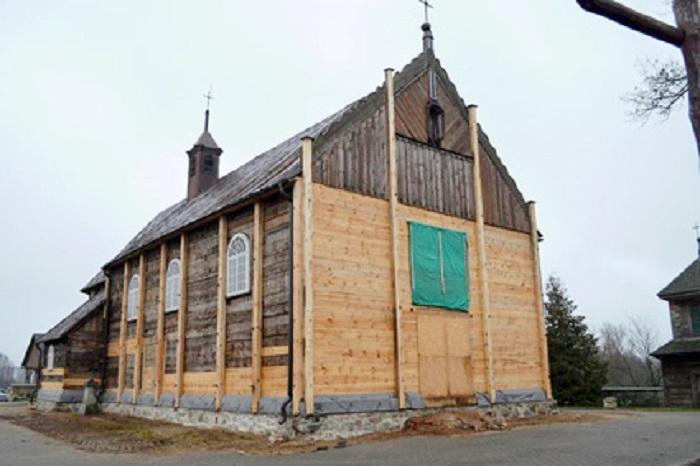 Zabytkowy kościół - Winna Poświętne - Master - Emil Borys Budownictwo